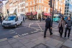 Une scène de rue à Londres photos libres de droits