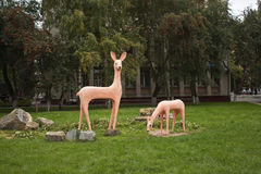 Une sculpture d'un cerf commun Photos stock