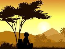 Une silhouette de la fille contre le contexte des montagnes tropicales Illustration Stock