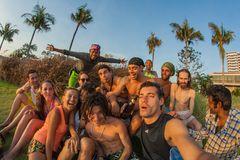 Une société des jeunes de différents pays Photographie stock libre de droits