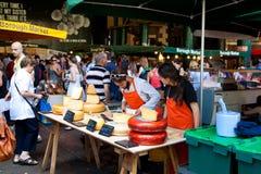 Une stalle au marché de ville à Londres photos stock