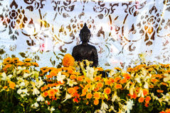 Une statue de Bouddha de marbre Image libre de droits