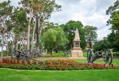 Une statue de la Reine Victoria dans les Rois Park et jardins botaniques i Images stock