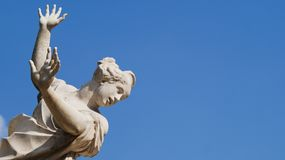 Une statue des cris de femme Images libres de droits