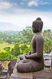 Une statue du Bouddha de Borobudur sur Java, Indonésie. Images stock