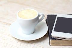 Une tasse d'expresso de café Photos stock