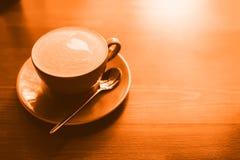 Une tasse de cappuccino photo stock