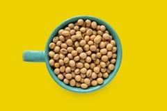 Une tasse de soja image stock
