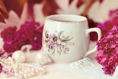 Une tasse de thé ou de café Photos stock