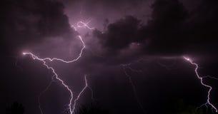 Une tempête Tucson AZ de foudre photos libres de droits
