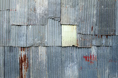Une texture rouillée en métal de fer ondulé Photo libre de droits