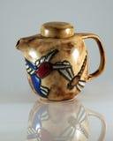 Une théière 2 de libellule de colibri Photo libre de droits