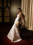 Une verticale d'une mariée de mode Image stock