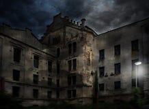 Une vieille construction abandonnée images stock