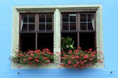 Une vieille fenêtre de maison Images libres de droits