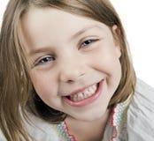 Une vieille fille de cinq ans blonde assez mignonne Photographie stock