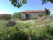 Une vieille maison photo libre de droits
