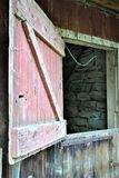 Une vieille porte de grange Image libre de droits
