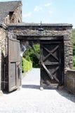 Une vieille trappe en bois de château Images libres de droits