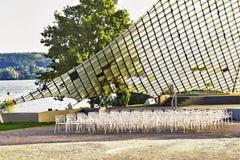 Une voile de concert, endroit de concert sur le rivage du Lac de Constance dans un endroit a appelé Radolfzell image stock
