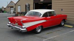 Une voiture ancienne bien conservée Images stock