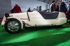 Une voiture britannique Lomax 223 de kit basé sur les éléments mécaniques de Citroen 2CV Photographie stock libre de droits