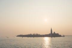 Une vue à la piscine découverte, île de Venise Image libre de droits