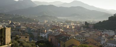 Une vue au-dessus de ville italienne Photographie stock libre de droits