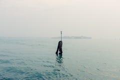 Une vue aux rues et à l'eau de Venise Images libres de droits
