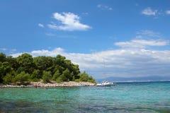 Une vue d'une plage d'île images stock
