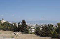 Une vue dans la distance d'Athènes Photos libres de droits