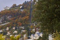 Une vue de chemin de fer funiculaire de Territet-Glion Photographie stock libre de droits