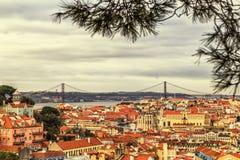 Une vue de l'Alfama du centre, Lisbonne, Portugal Images stock