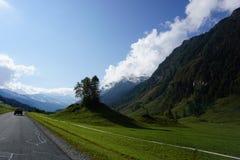 Une vue de la gamme de montagne dans les Alpes photo stock