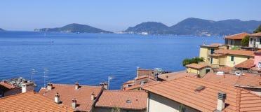 Une vue de la mer Méditerranée au Golfe de la La Spezia Italie photo libre de droits