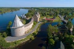 Une vue de la taille de la forteresse de Staraya Ladoga Région de Léningrad, photographie aérienne de la Russie images stock