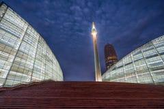 Une vue de nuit de grand maïs je photo libre de droits