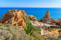 Une vue de restaurant sur la côte du Portugal Images libres de droits