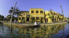 Vue 2 de rive de Hoi-an Photos libres de droits