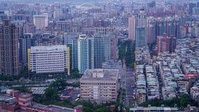 Une vue de ville de Taïpeh après des précipitations photos libres de droits