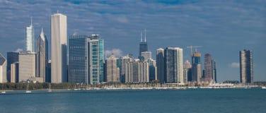 Une vue dramatique de l'horizon de Chicago images stock
