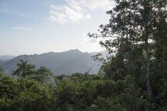 Une vue en sierra vallée de Maestra Images stock