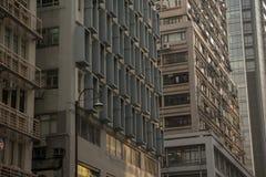 Une vue faisante le coin des bâtiments images stock