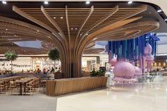 Une vue intérieure du centre commercial de centre d'Orio, en Orio al Serio Image libre de droits