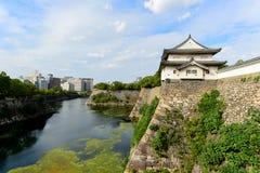 Une vue Osaka Castle avec la vue de ville photo libre de droits