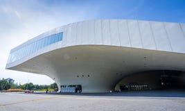 Une vue panoramique du centre national récemment réalisé pour les arts du spectacle Photos stock