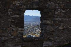 Une vue par la fenêtre image libre de droits