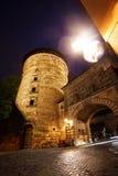 Une vue plus étroite de Kaiserburg avec la tour, Nuremberg photo libre de droits