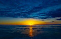 Une vue rêveuse de coucher du soleil images stock
