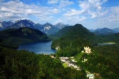 Une vue sur Hohenschwangau Photo libre de droits